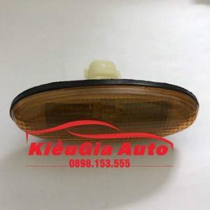 Banphutungoto.vn - ĐÈN XI NHAN TAI XE MAZDA 626 - 2161402YTYC-1